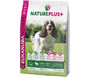 Eukanuba NaturePlus+ Adult Medium Dog agneau pour chien - 14 kg